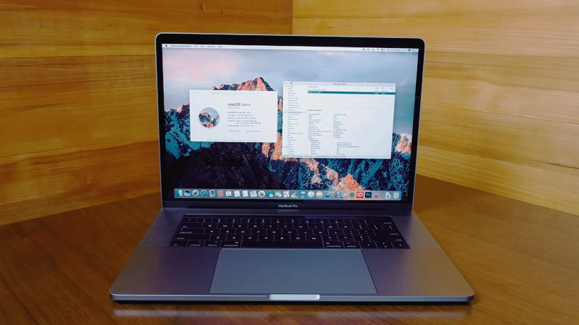 Macbook Pro 15 Inch Touch Bar Core i7 2017 MPTR2