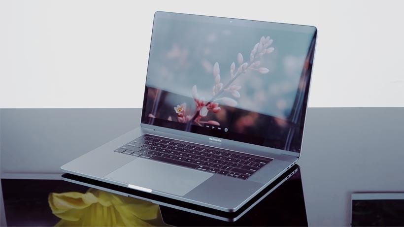 Spesifikasi Harga Macbook Pro Retina 15 Inch 2018 Core i7 MR932