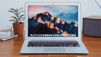 Spesifikasi Harga Macbook Air Retina 13 Inch 2017 Core i7 Z0UU1 Silver